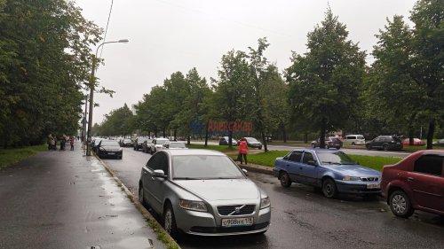 1-комнатная квартира (31м2) на продажу по адресу Карпинского ул., 22— фото 7 из 15