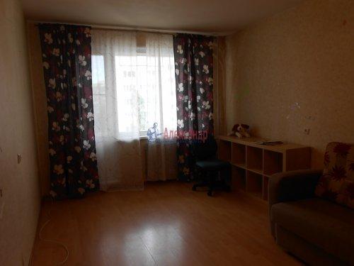 1-комнатная квартира (41м2) на продажу по адресу Композиторов ул., 31— фото 3 из 10