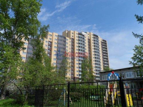 2-комнатная квартира (62м2) на продажу по адресу Металлострой пос., Центральная ул., 19— фото 2 из 7