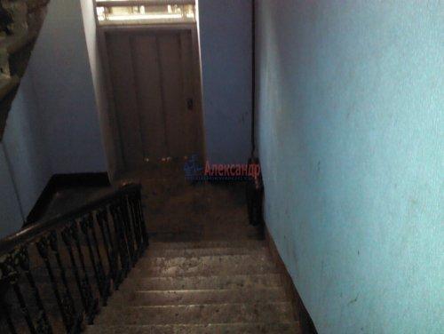 Комната в 23-комнатной квартире (497м2) на продажу по адресу Смоленская ул., 31/20— фото 11 из 14