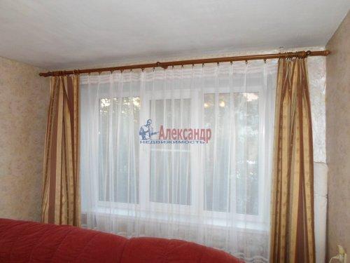 2-комнатная квартира (53м2) на продажу по адресу Коммунар г., Бумажников ул., 3— фото 4 из 9