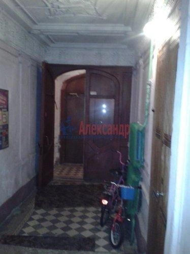 Комната в 6-комнатной квартире (70м2) на продажу по адресу Пасторова ул., 4— фото 7 из 11