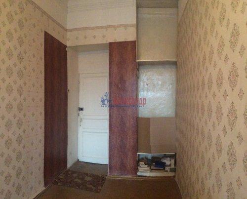 Комната в 3-комнатной квартире (68м2) на продажу по адресу Уральская ул., 15— фото 3 из 12
