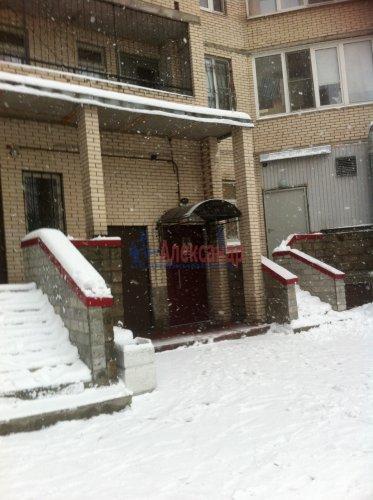 2-комнатная квартира (64м2) на продажу по адресу Энгельса пр., 132— фото 3 из 16