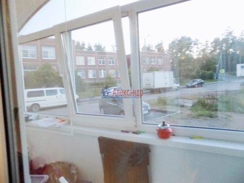 2-комнатная квартира (53м2) на продажу по адресу Выборг г., Макарова ул., 5— фото 4 из 13