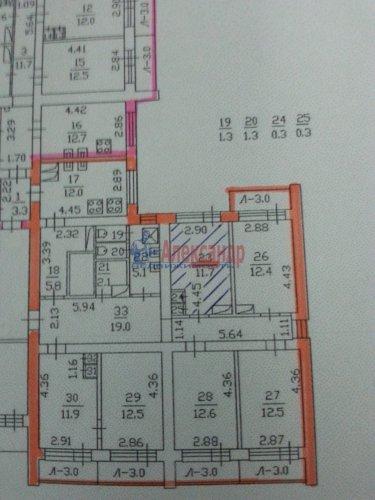 Комната в 6-комнатной квартире (211м2) на продажу по адресу Ленская ул., 5— фото 2 из 22
