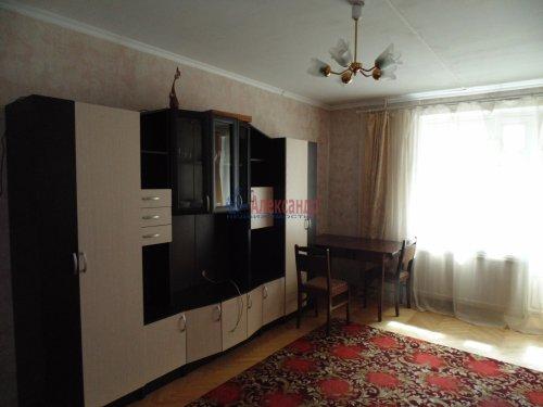 1-комнатная квартира (37м2) на продажу по адресу Художников пр., 9— фото 3 из 11