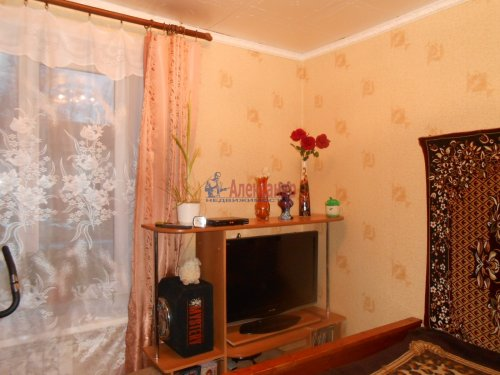 2-комнатная квартира (44м2) на продажу по адресу Синявино 1-е пгт., Садовый пер., 1— фото 2 из 13