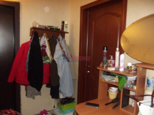 Комната в 3-комнатной квартире (79м2) на продажу по адресу Индустриальный пр., 29— фото 4 из 11