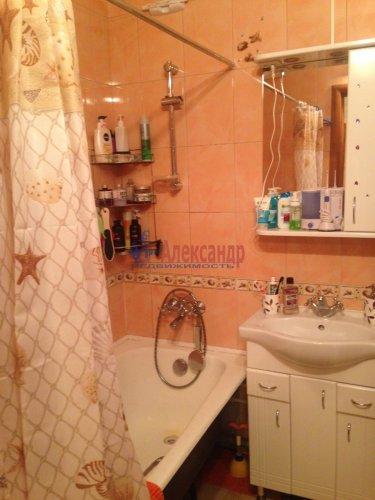 2-комнатная квартира (77м2) на продажу по адресу Кондратьевский пр., 62/3— фото 11 из 15