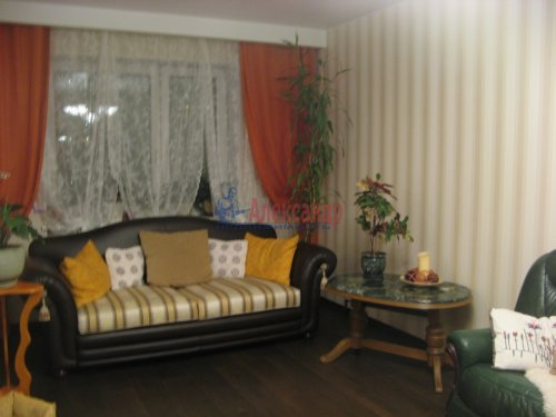 3-комнатная квартира (138м2) на продажу по адресу Пискаревский пр., 37— фото 6 из 24