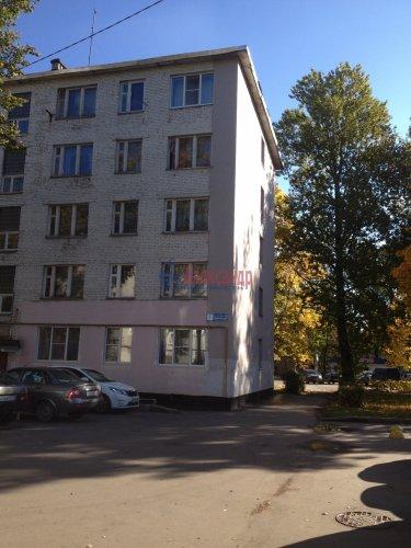 Комната в 5-комнатной квартире (60м2) на продажу по адресу Кириши г., Комсомольская ул., 1— фото 1 из 1