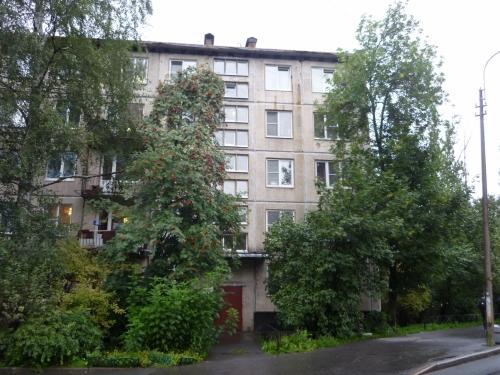 2-комнатная квартира (42м2) на продажу по адресу Краснопутиловская ул., 90— фото 2 из 22