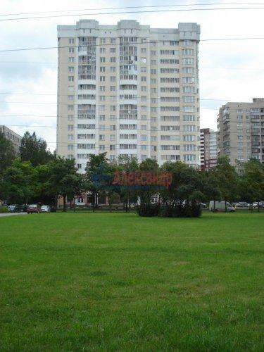 1-комнатная квартира (40м2) на продажу по адресу Вавиловых ул., 9— фото 2 из 20