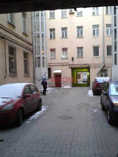 2-комнатная квартира (65м2) на продажу по адресу Невский пр., 97— фото 8 из 9
