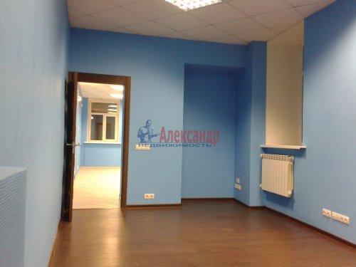 2-комнатная квартира (65м2) на продажу по адресу Невский пр., 97— фото 3 из 9