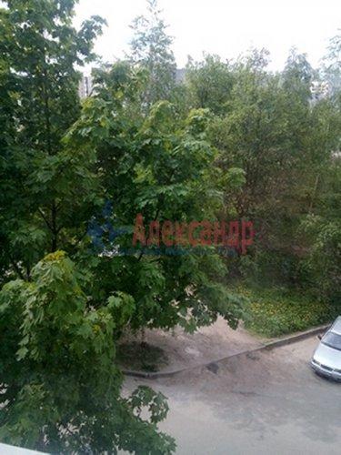 3-комнатная квартира (67м2) на продажу по адресу Комендантский пр., 40— фото 3 из 6