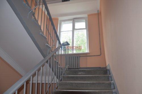 Комната в 4-комнатной квартире (90м2) на продажу по адресу Сестрорецкая ул., 1— фото 7 из 9