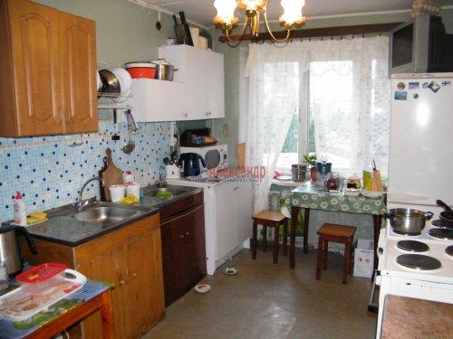 Комната в 6-комнатной квартире (122м2) на продажу по адресу Придорожная аллея, 15— фото 3 из 5