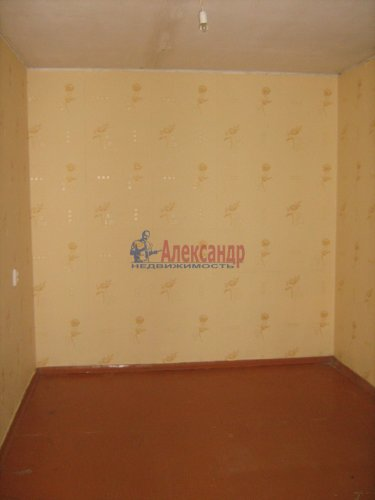 3-комнатная квартира (74м2) на продажу по адресу Кириши г., Строителей ул., 16— фото 4 из 12