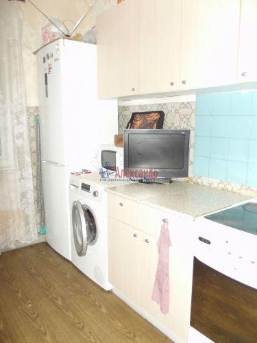 Комната в 3-комнатной квартире (79м2) на продажу по адресу Индустриальный пр., 29— фото 6 из 11