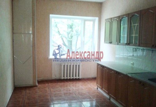 3-комнатная квартира (72м2) на продажу по адресу Выборг г.— фото 1 из 5