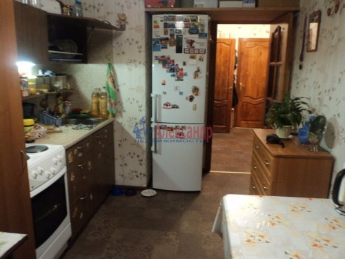 1-комнатная квартира (38м2) на продажу по адресу Кустодиева ул., 14— фото 3 из 9