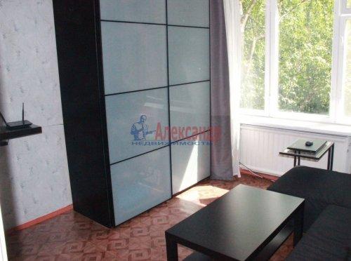 1-комнатная квартира (31м2) на продажу по адресу Софьи Ковалевской ул., 5— фото 2 из 9