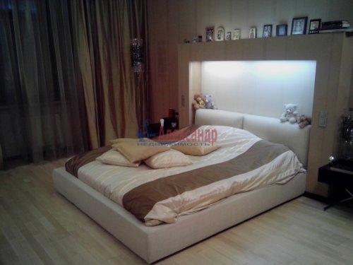 4-комнатная квартира (167м2) на продажу по адресу Малоохтинский пр., 16— фото 8 из 10