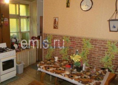 4-комнатная квартира (94м2) на продажу по адресу Владимирский пр., 15— фото 8 из 9