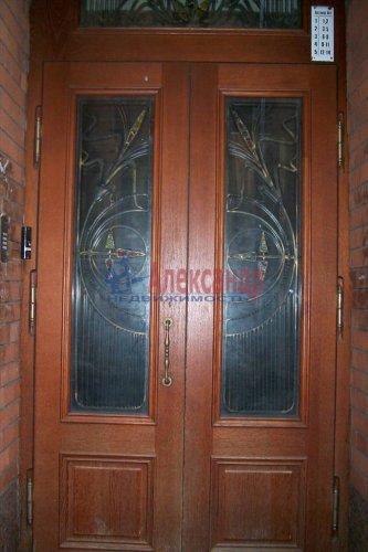3-комнатная квартира (72м2) на продажу по адресу Зверинская ул., 34— фото 3 из 9