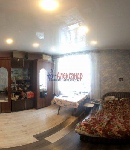 3-комнатная квартира (65м2) на продажу по адресу Кировск г., Горького ул., 7— фото 3 из 8