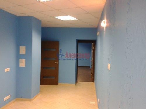 2-комнатная квартира (65м2) на продажу по адресу Невский пр., 97— фото 1 из 9