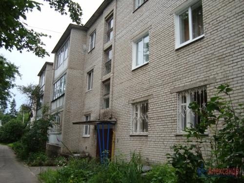 2-комнатная квартира (45м2) на продажу по адресу Толмачево пгт., 5— фото 1 из 16