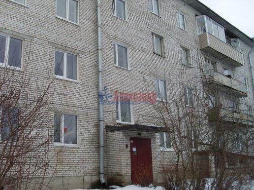 2-комнатная квартира (58м2) на продажу по адресу Кузнечное пгт.— фото 2 из 5