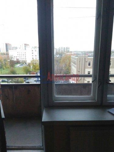 Комната в 5-комнатной квартире (100м2) на продажу по адресу Малая Балканская ул., 52— фото 7 из 14