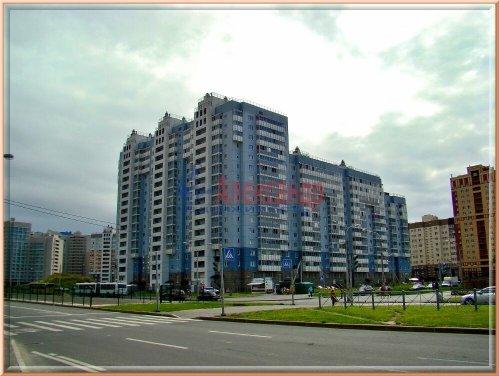 2-комнатная квартира (42м2) на продажу по адресу Оптиков ул., 52— фото 2 из 4