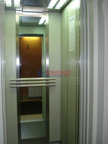 1-комнатная квартира (39м2) на продажу по адресу Софьи Ковалевской ул., 16— фото 12 из 14