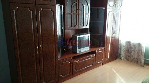 Комната в 4-комнатной квартире (77м2) на продажу по адресу Купчинская ул., 8— фото 5 из 6