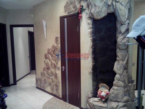 4-комнатная квартира (167м2) на продажу по адресу Малоохтинский пр., 16— фото 10 из 10