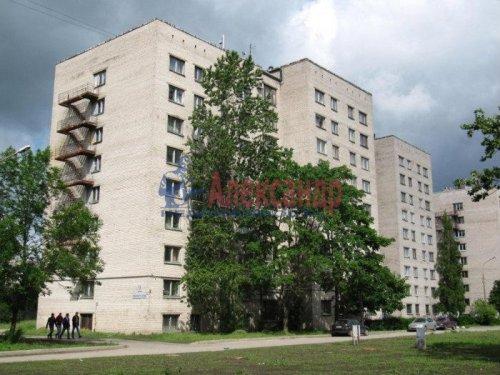 Комната в 8-комнатной квартире (196м2) на продажу по адресу Демьяна Бедного ул., 29— фото 1 из 12
