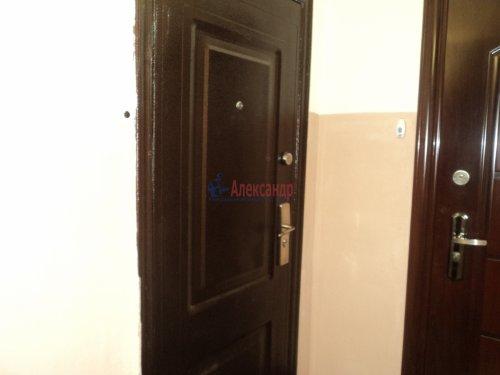 2-комнатная квартира (50м2) на продажу по адресу Зеленогорск г., Привокзальная ул., 7— фото 4 из 11