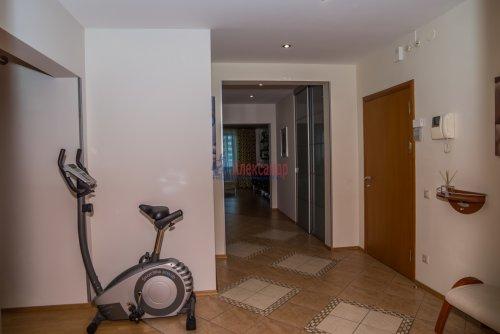 3-комнатная квартира (145м2) на продажу по адресу Коломяжский пр., 20— фото 9 из 33