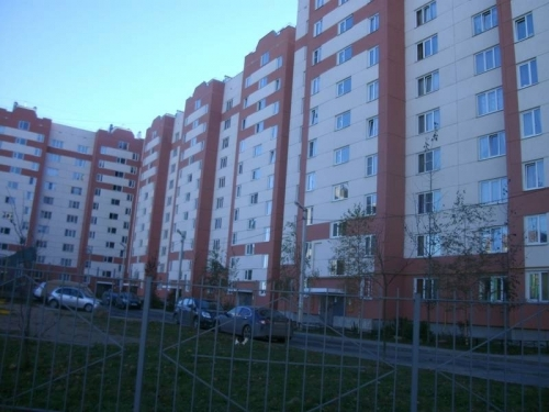 1-комнатная квартира (35м2) на продажу по адресу Коммунар г., Ижорская ул., 28— фото 1 из 1