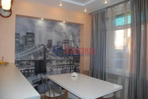 3-комнатная квартира (93м2) на продажу по адресу Народного Ополчения пр., 10— фото 1 из 24