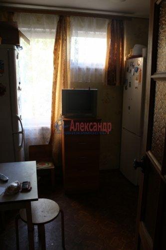 3-комнатная квартира (68м2) на продажу по адресу Обуховской Обороны пр., 144— фото 3 из 8