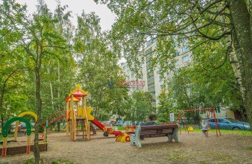 3-комнатная квартира (65м2) на продажу по адресу Купчинская ул., 33— фото 11 из 11