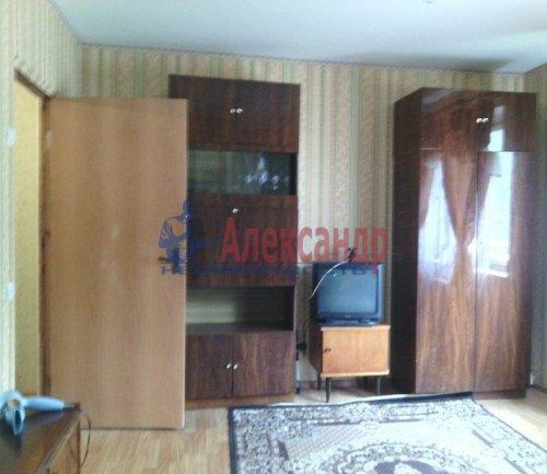 2-комнатная квартира (59м2) на продажу по адресу Кирпичный Завод пос.— фото 5 из 11