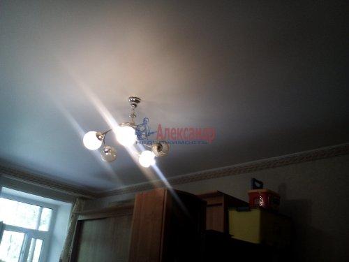 Комната в 3-комнатной квартире (76м2) на продажу по адресу Ломоносов г., Михайловская ул., 24— фото 4 из 15