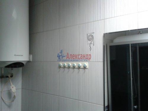2-комнатная квартира (65м2) на продажу по адресу Невский пр., 97— фото 7 из 9